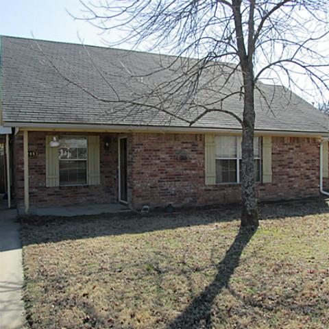 208 Cripple Crk, Powderly, TX 75473