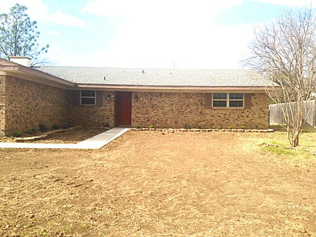 216 Brookhaven Ter, Commerce, TX 75428