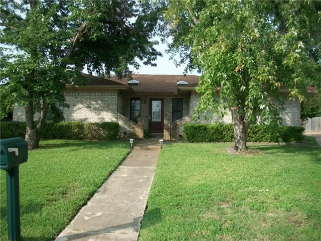 815 32nd St NE, Paris, TX 75460