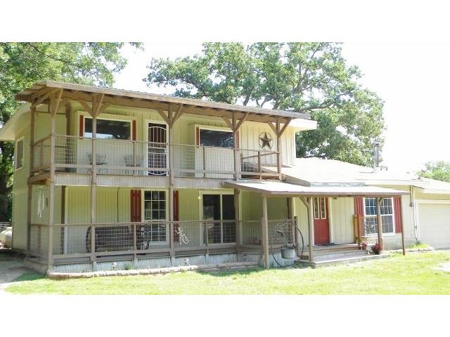 3258 County Road 3552, Greenville, TX 75402