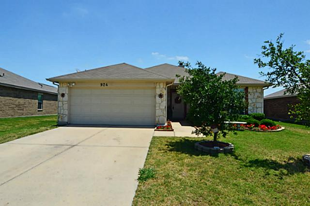 924 Matthew Ln, Royse City, TX 75189