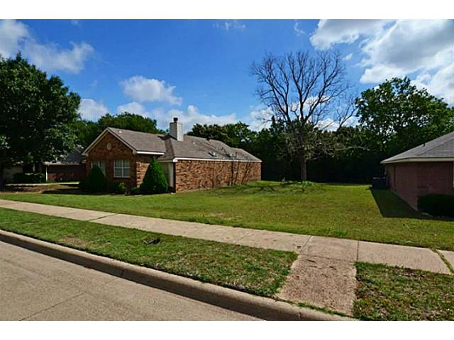 Real Estate for Sale, ListingId: 28583947, Cedar Hill, TX  75104