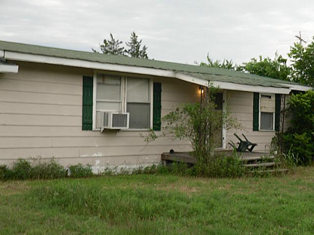 114 Country Line Rd, Dawson, TX 76639