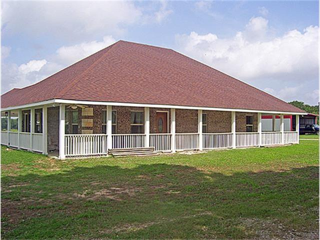 449 County Road 1220, Cumby, TX 75433
