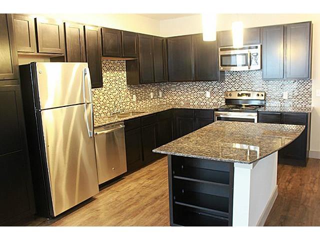 Rental Homes for Rent, ListingId:28712435, location: 5936 E Lovers Dallas 75206
