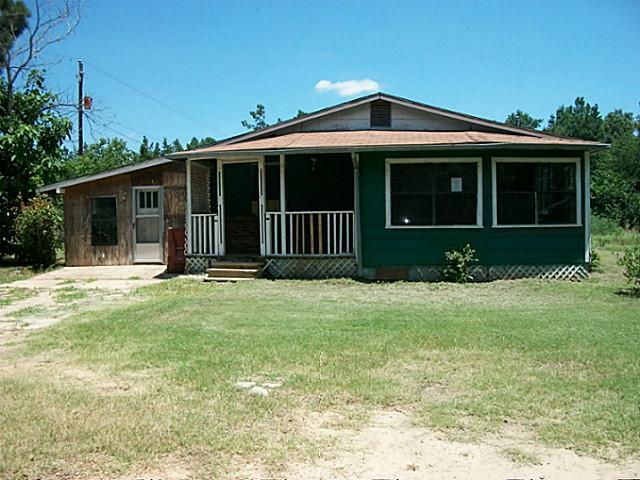 600 Ash St, Blossom, TX 75416