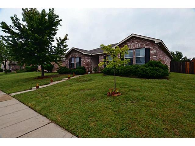 1749 Cliffbrook Dr, Rockwall, TX 75032