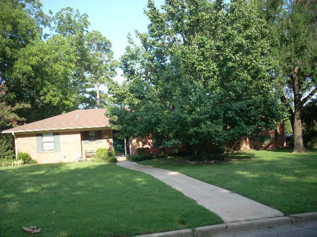 878 S Davis St, Sulphur Springs, TX 75482