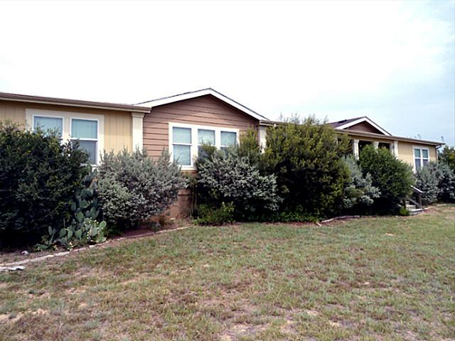 104 Brighton Oaks Dr, Boyd, TX 76023