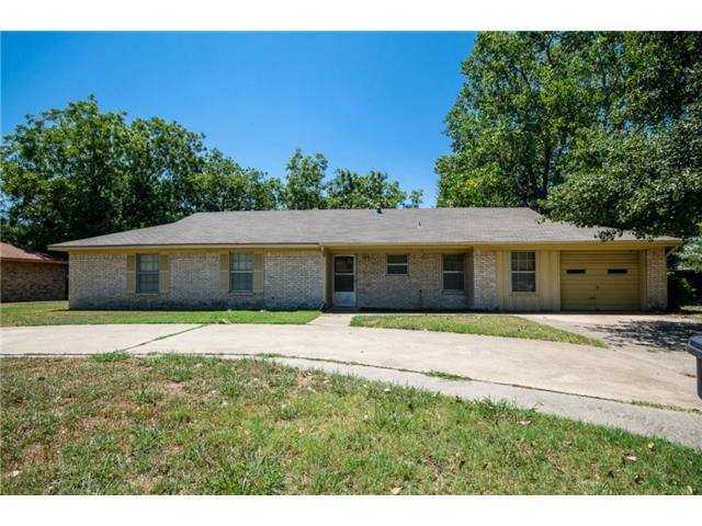 411 Northwood Blvd, Corsicana, TX 75110