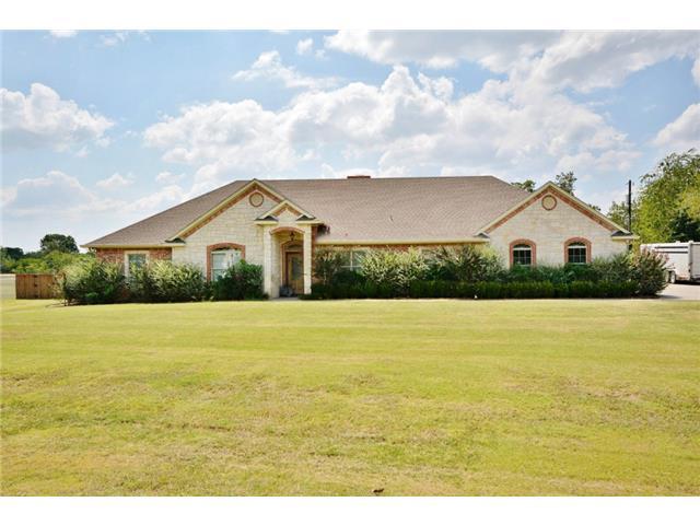 3451 Emhouse Rd, Corsicana, TX 75110
