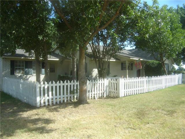 763 SE County Road 3123, Corsicana, TX 75109