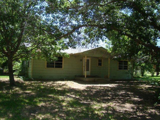 9129 Drake Rd, Quinlan, TX 75474