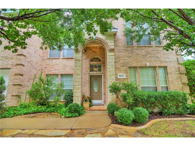 One of Fort Worth-Mira Vista 5 Bedroom Pool Homes for Sale