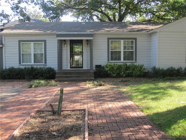Rental Homes for Rent, ListingId:32173984, location: 8546 GLENCREST Lane Dallas 75209