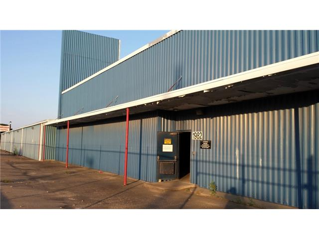 Commercial Property for Sale, ListingId:30071055, location: 1982 Fort Worth Avenue Dallas 75208