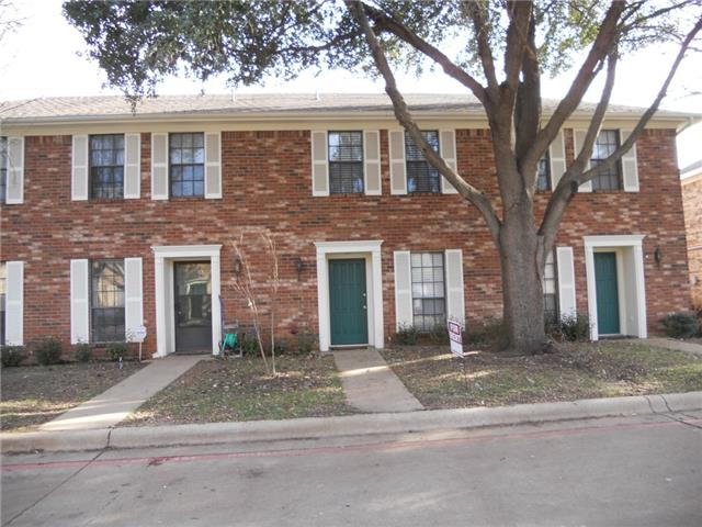Single Family Home for Sale, ListingId:30421044, location: 7314 Kingswood Circle Ft Worth 76133