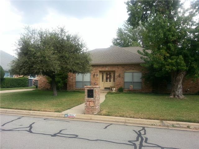 Rental Homes for Rent, ListingId:30461465, location: 1917 Rockbrook Drive Arlington 76006