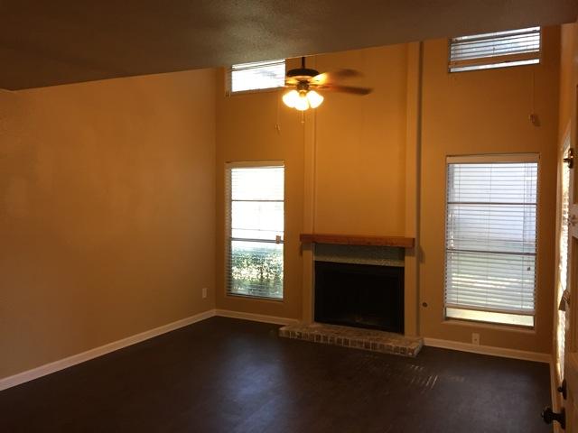 Single Family Home for Sale, ListingId:34173228, location: 5516 Boca Raton Boulevard Ft Worth 76112