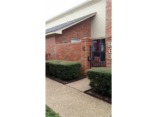 Rental Homes for Rent, ListingId:30662435, location: 963 Cedarland Boulevard Arlington 76011