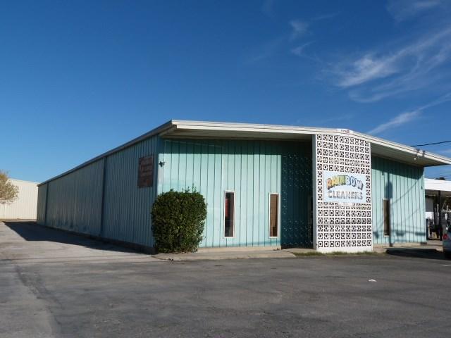 1508 Chico Hwy, Bridgeport, TX 76426