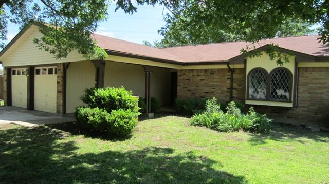 Rental Homes for Rent, ListingId:33080866, location: 2116 River Bend Road Arlington 76014