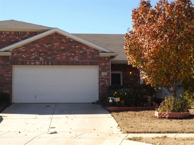 Single Family Home for Sale, ListingId:33055611, location: 1300 Saddle Blanket Court Ft Worth 76131