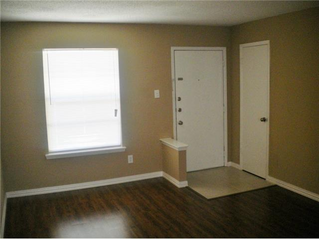 Rental Homes for Rent, ListingId:30977161, location: 5601 Birchman Avenue Ft Worth 76107
