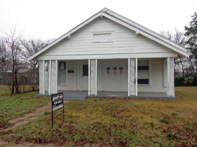 415 S Montgomery St, Sherman, TX 75090
