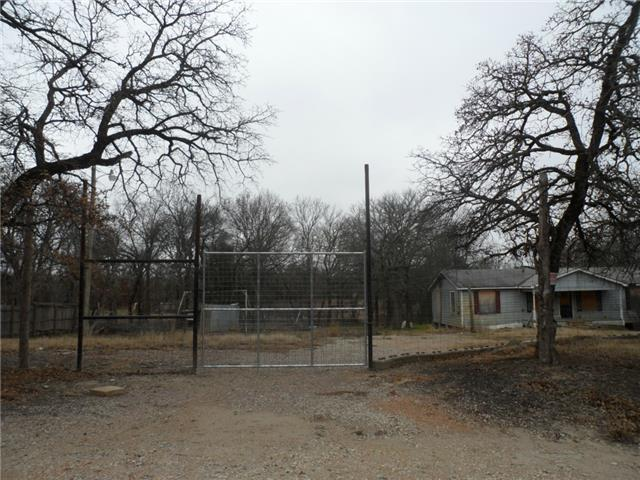 148 County Road 226, Collinsville, TX 76233