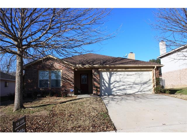 Rental Homes for Rent, ListingId:31074339, location: 2317 Lookout Lane Denton 76207