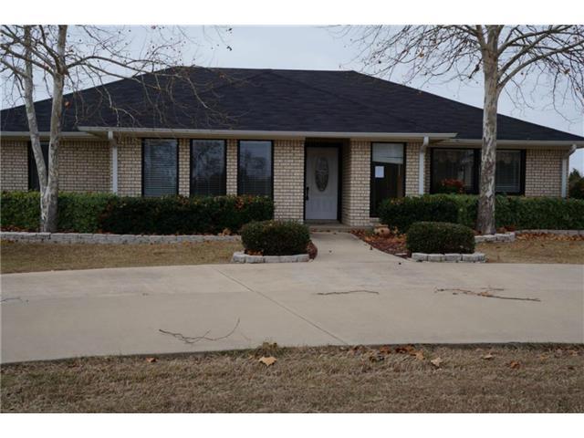 908 Lakeside Ln, Kerens, TX 75144