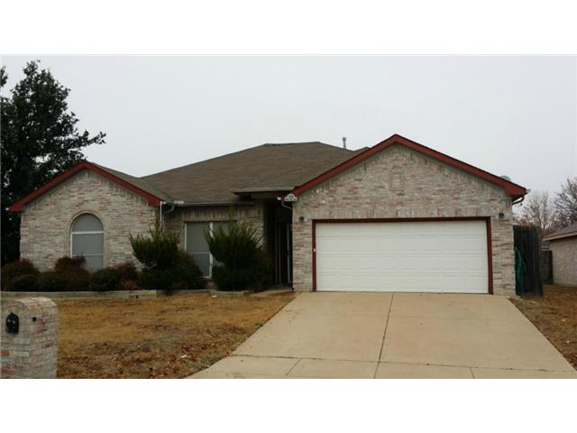 Single Family Home for Sale, ListingId:31074678, location: 1105 Angel Fire Lane Arlington 76001