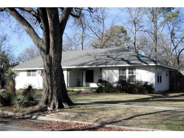 Rental Homes for Rent, ListingId:31126241, location: 606 Emery Street Denton 76201