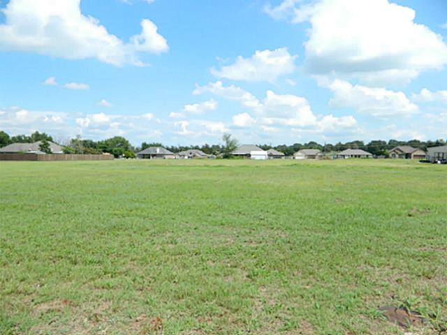 2.5 acres by Bowie, Texas for sale