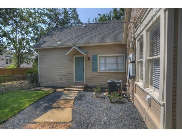 Rental Homes for Rent, ListingId:31170088, location: 2713 Lubbock Avenue Ft Worth 76109