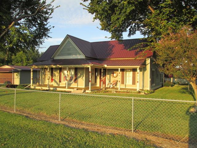 401 Se Mckinney St, Rice, TX 75155