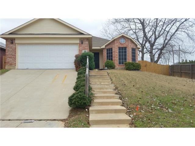 Rental Homes for Rent, ListingId:31287672, location: 1450 Arbor Ridge Drive Ft Worth 76112