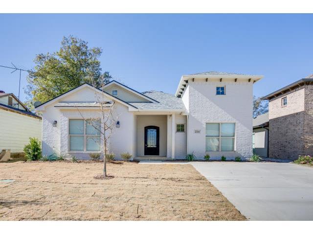 Rental Homes for Rent, ListingId:31451400, location: 2806 Gordon Avenue Ft Worth 76110