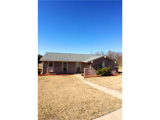 Rental Homes for Rent, ListingId:31435485, location: 7827 Lost Mirage Drive Dallas 75232