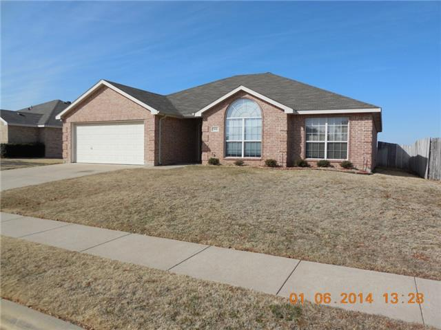 Rental Homes for Rent, ListingId:31528482, location: 1016 Tyler James Drive Burleson 76028