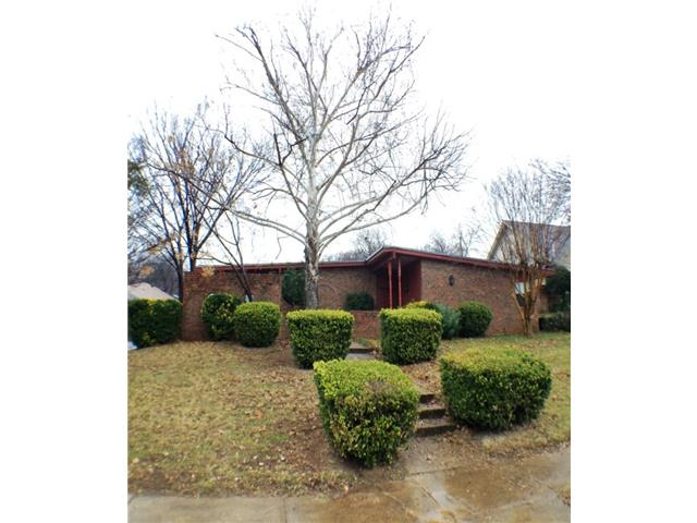 Rental Homes for Rent, ListingId:31514703, location: 1305 Rusdell Drive Irving 75060