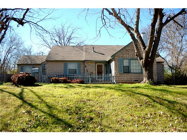 Rental Homes for Rent, ListingId:31570763, location: 2024 Martel Avenue Ft Worth 76103