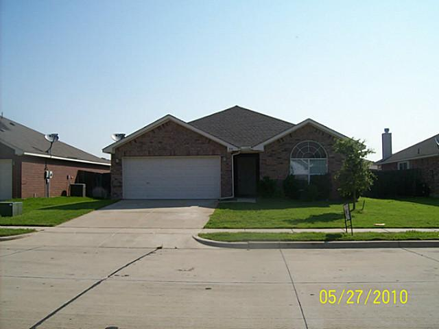 Rental Homes for Rent, ListingId:31819555, location: 216 ARROWHEAD Drive Burleson 76028
