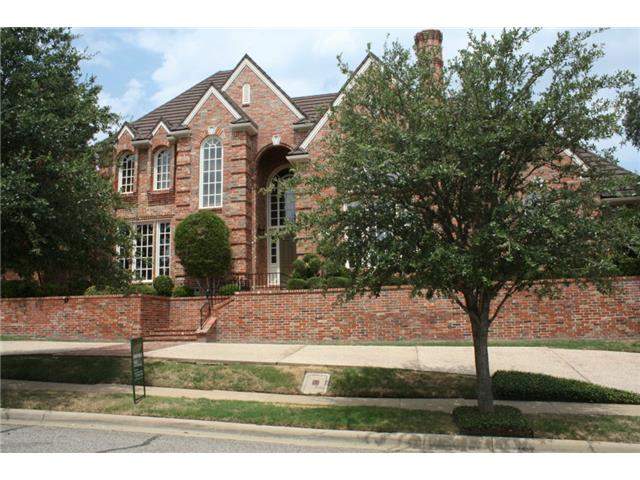 Rental Homes for Rent, ListingId:32172149, location: 4509 Windsor Ridge Drive Irving 75038