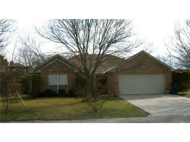 604 Crestridge Ct, Decatur, TX 76234