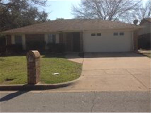 Rental Homes for Rent, ListingId:32172383, location: 316 Quail Creek Drive Crowley 76036