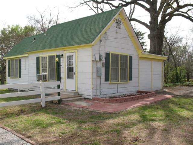 Rental Homes for Rent, ListingId:32173068, location: 3909 Alpha Street Greenville 75401