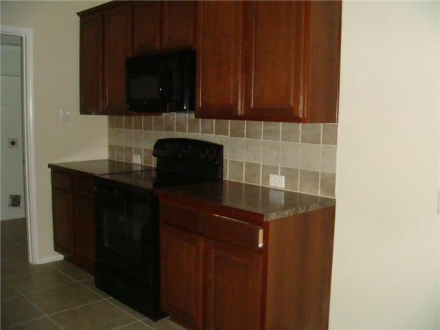 Rental Homes for Rent, ListingId:32166465, location: 824 W Bend Boulevard Burleson 76028