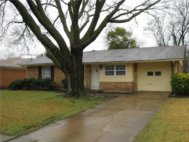 Rental Homes for Rent, ListingId:32171453, location: 2546 Globe Avenue Dallas 75228